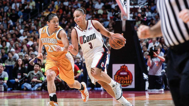 The Record- Diana Taurasi's Desire for WNBA Team.00_00_29_12.Still001