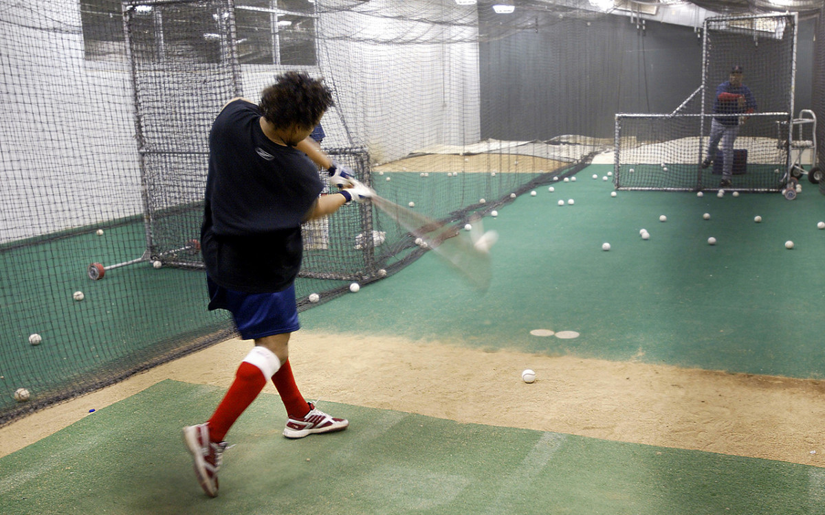 manny-batting-cage-2004.jpg