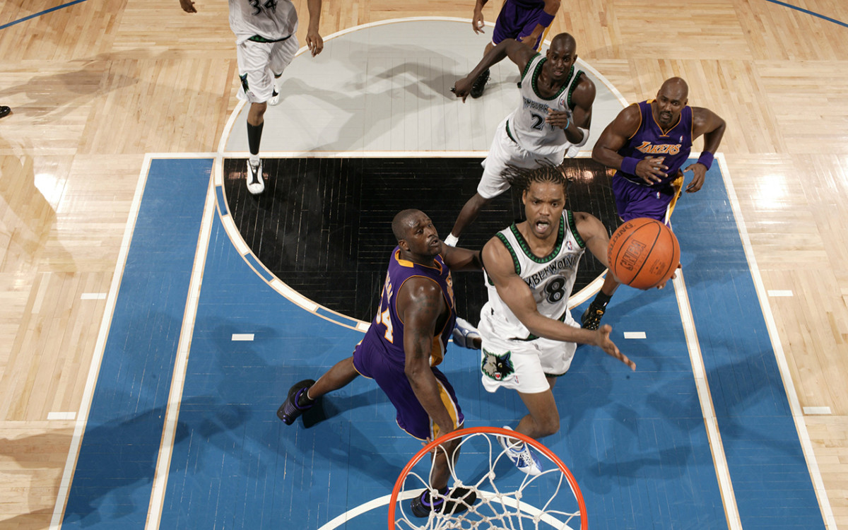 sprewell-twolves-lakers-04.jpg