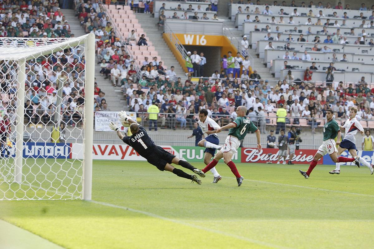 donovan-goal-2002-wc.jpg