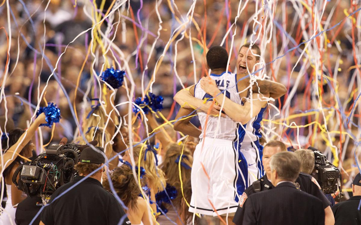 duke-celebrating-vault.jpg
