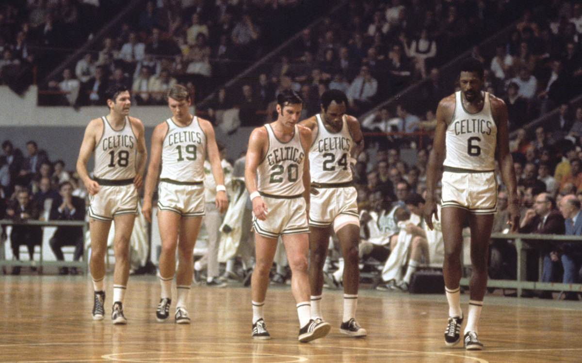Bailey Howell, Don Nelson, Larry Siegfried, Sam Jones and Bill Russell