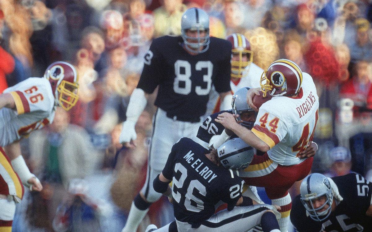 john-riggins-redskins-tackled-1984-superbowl-xviii-si.jpg