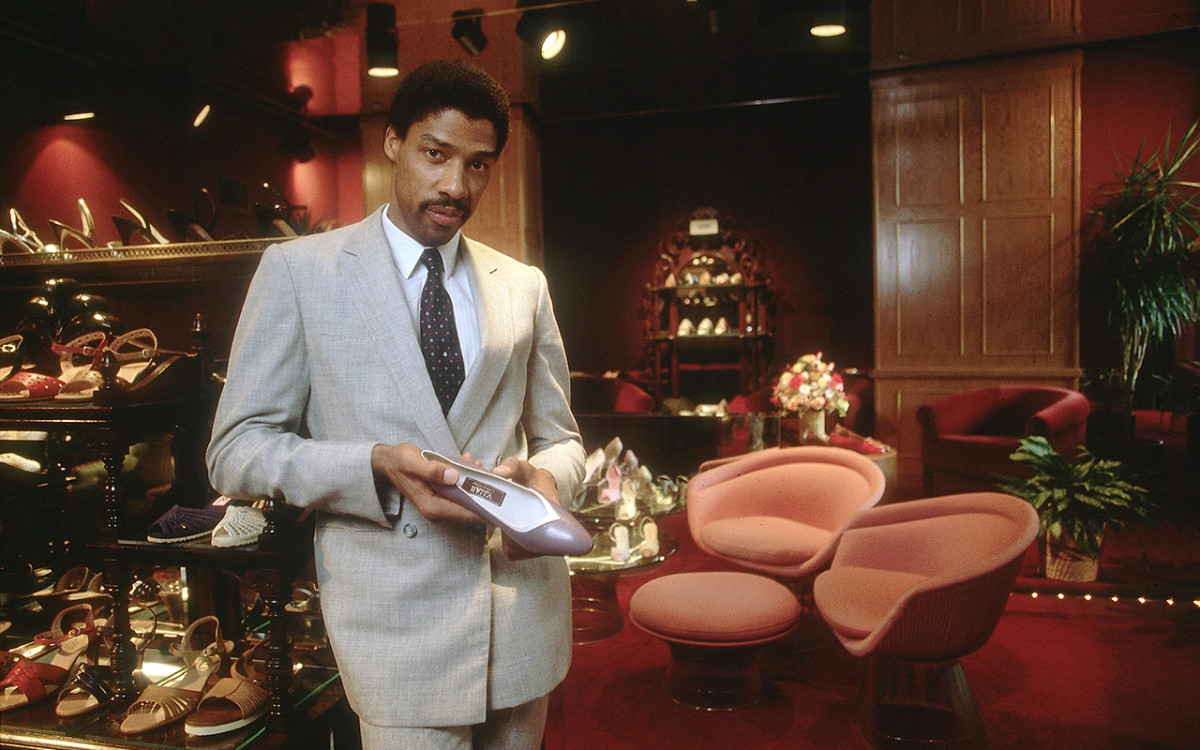 julius-irving-1981-papanek-shoe-salon.jpg