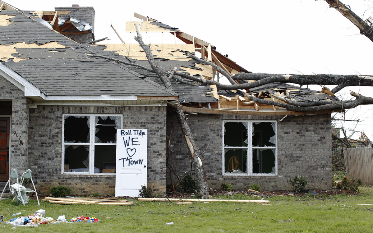 tuscaloosa-tornado-5.jpg