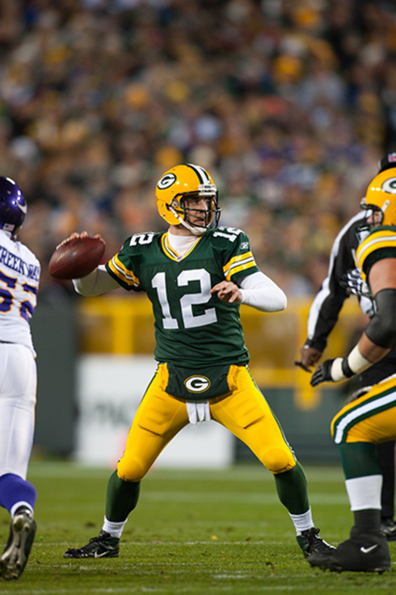rodgers-pass-2011-vikings.jpg