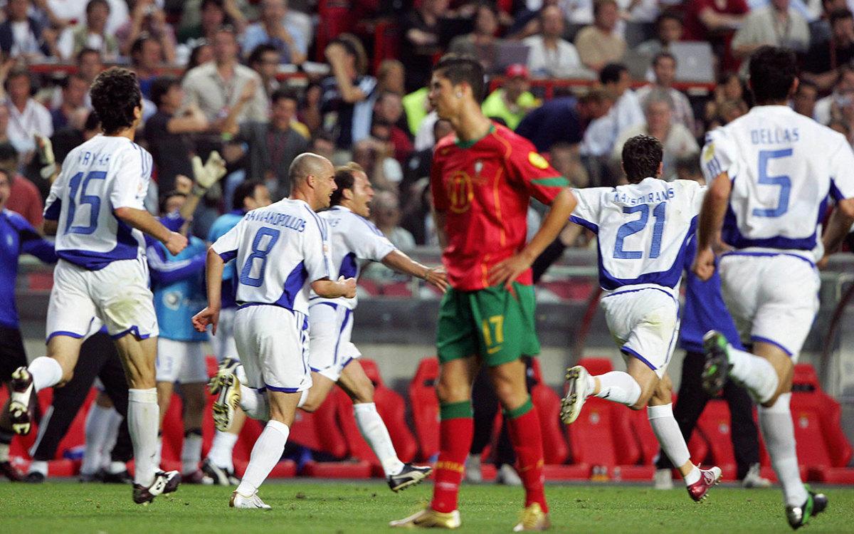 ronaldo-euro2004-final-inline.jpg