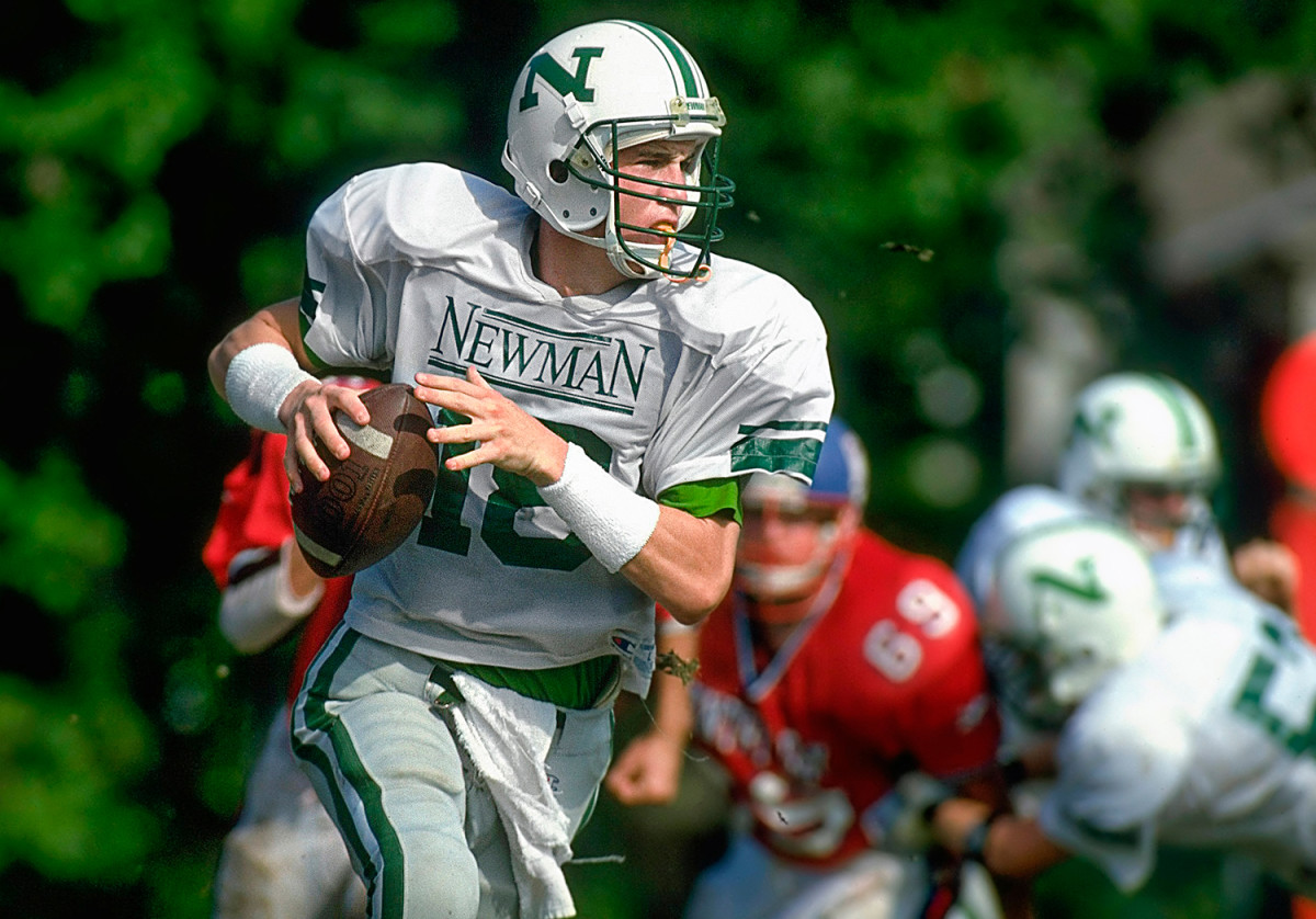 Peyton Manning's recruitment follows in wake of father Archie